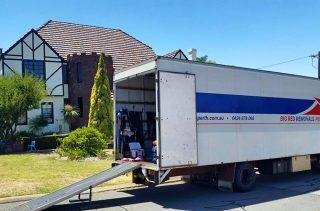 https://bigredremovalsperth.com.au/wp-content/uploads/2017/08/home-removals-hillarys-2-320x211.jpg
